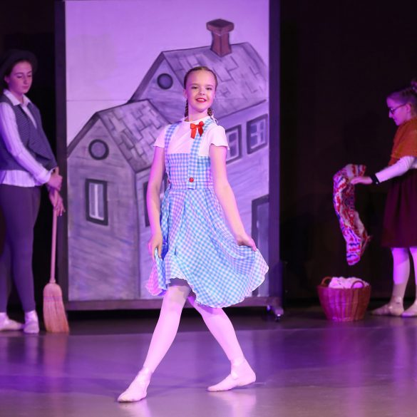 Scenography for a ballet show Wonderful Wizard of Oz
